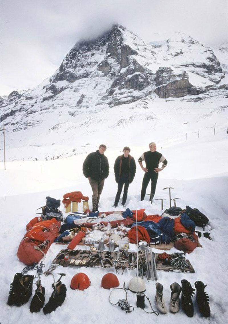 Layton Kor, Dougal Haston, John Harlin devant la face nord de l'Eiger en 1966